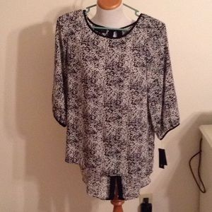 Nice Hi-Low Blouse new with tags AB Studio Med